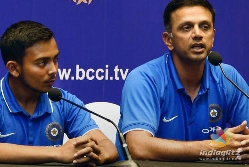 Rahul Dravid Stands With Support Staff, Seeks Equal Reward For All