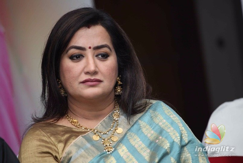 Sumalatha In Mother Role Kannada Movie News Indiaglitz Com
