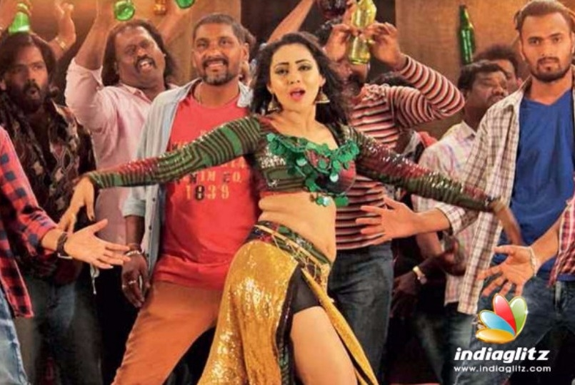Item song on bottle set mandvikar dance kannada movie news it was first in april 2009 for jeeva kannada cinema on 40000 empty beer bottles well known art director mohan b kere erected a set for shooting of a song thecheapjerseys Choice Image