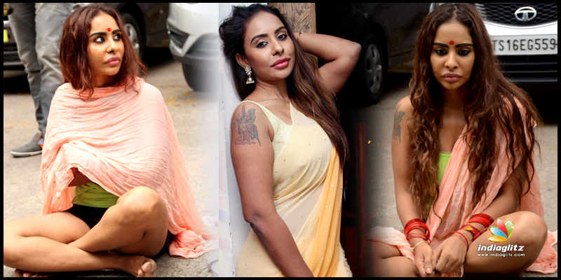 Actress Sri Reddy Scolded Pawan Kalyan as Ma*****od