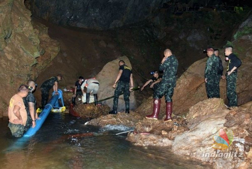 Cave rescue stalls as death of Thai diver underscores perils