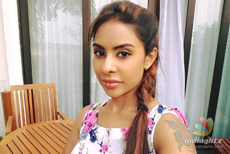 Sri Reddy Targets Websites Now!!